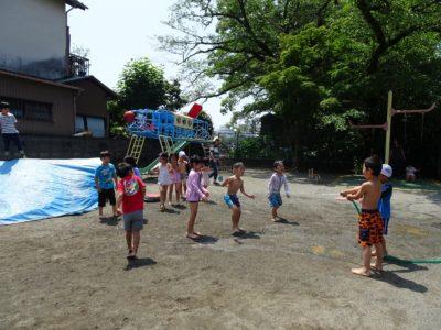 DSC01119ホースで水遊び