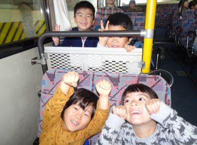 DSC07462芋掘りバス行き